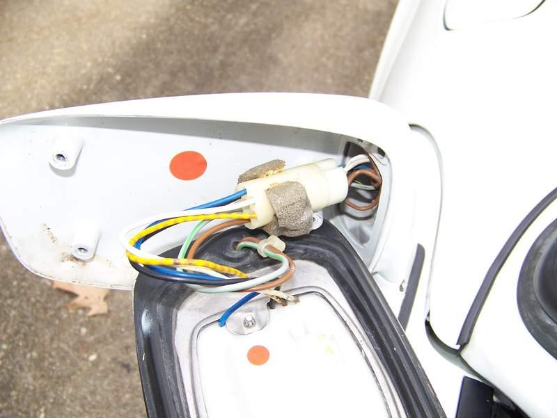 electric door mirror wiring connectors electrics. Black Bedroom Furniture Sets. Home Design Ideas