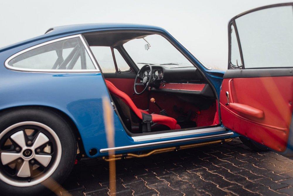 1254860287_Porsche912-70.thumb.jpg.933cea688a060dc935f68ca3318b4660.jpg