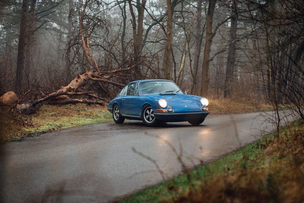 2122852837_Porsche912-23.thumb.jpg.0a51cbd83edbbf173504f64110cb97b6.jpg