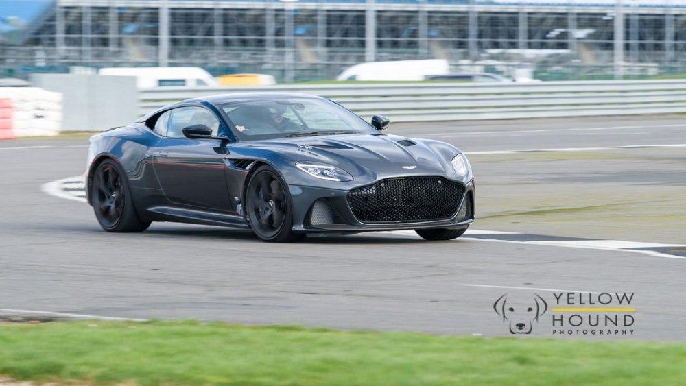 Aston-3.thumb.jpg.32e09ec11a4f53dfbb894a49a7334d34.jpg