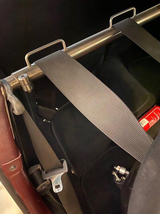 Harness -rear mounts.jpg