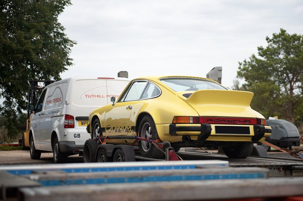 Yellow 1974 Porsche 911 2.7 Carrera.jpg